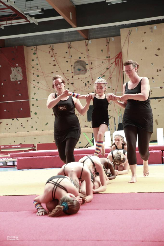 15 Dancing with the Stars (Sol comp. mvt. A)